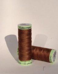 Gutermann Top Stitch 124