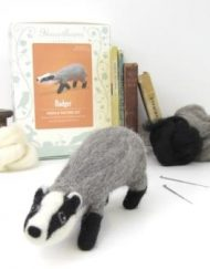 Hawthorn Handmade Badger Needle Felting Kit