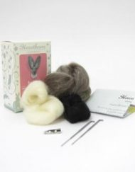 Hawthorn Handmade Hare Needle Felting Brooch Kit