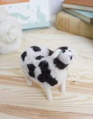 Hawthorn Handmade Jacob Sheep Needle Felting Kit