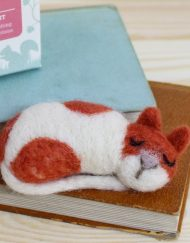 Hawthorn Handmade Cat Brooch Kit