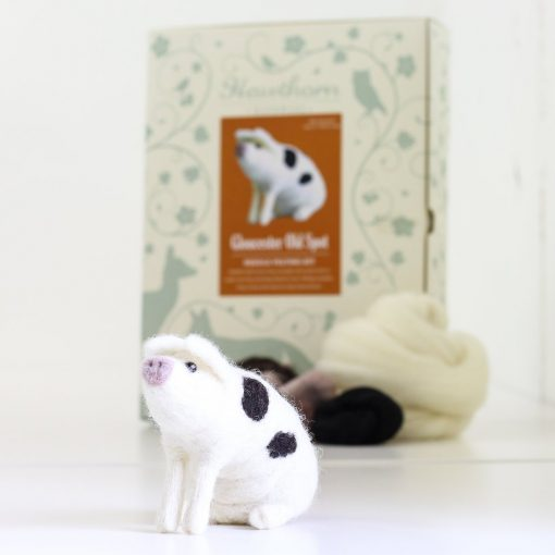 Hawthorn Handmade Gloucester Old Spot Pig Needle Felting Kit