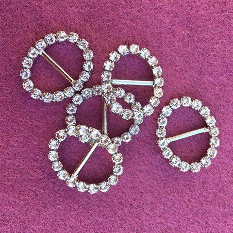 Mini oval diamante slider buckles