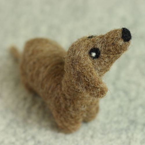 Hawthorn Handmade Dachshund Needle Felting Kit