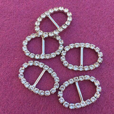 Mini oval diamante buckles